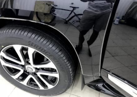 Toyota - LandCruiser200,2012 6
